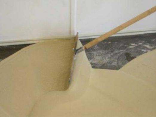 Чим вирівнювати підлогу?