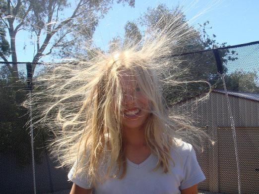 Що робити щоб волосся не електризувалося?