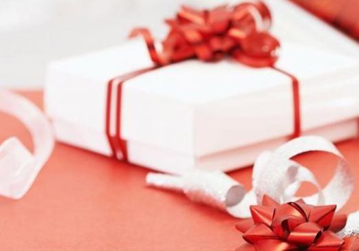 Що можна подарувати коханій?