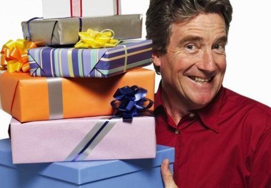 Що подарувати колишньому чоловікові?