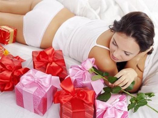 Що подарувати дівчині?