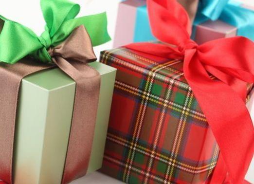 Що подарувати коханому чоловікові?