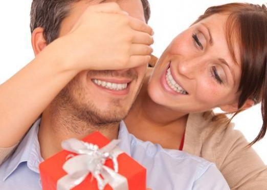 Що подарувати чоловікові на ювілей?