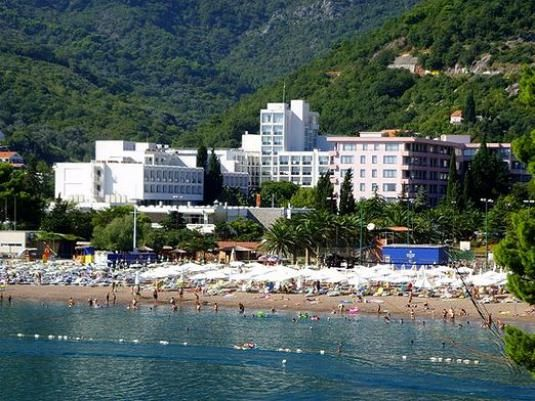 Де відпочити в чорногорії?