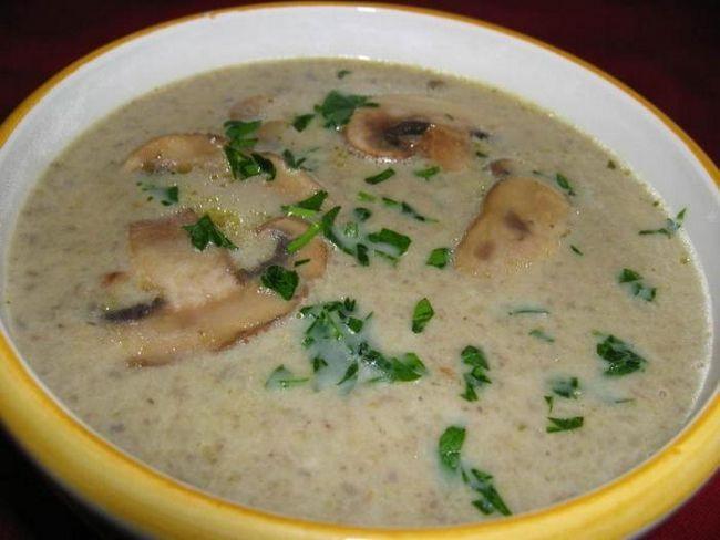 грибний суп пюре