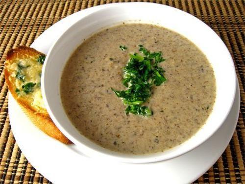 грибний суп пюре із заморожених грибів