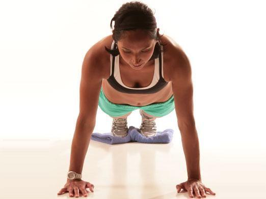 Як накачати грудні м`язи в домашніх умовах?