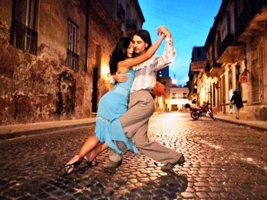 Як навчитися танцювати танго?