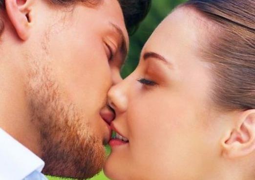 Як потрібно правильно цілуватися?