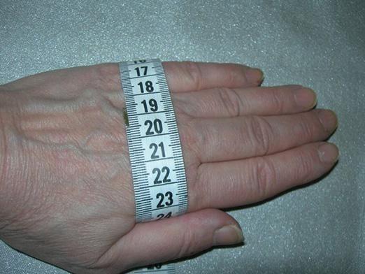 Як визначити розмір рукавичок?