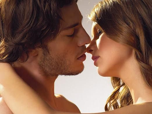 Як поцілувати хлопця?