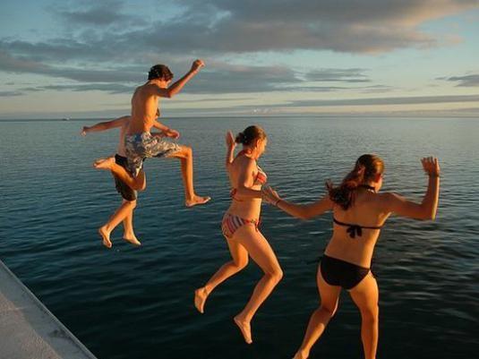 Як стрибати в воду?