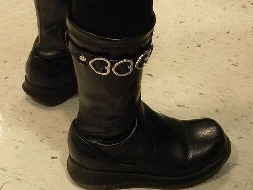 Як розносити чоботи?