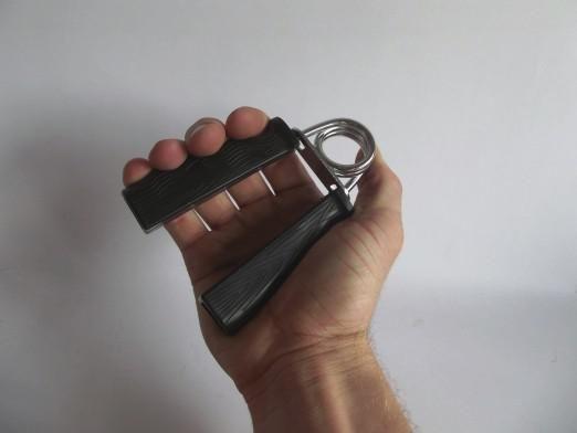 Як розробити пальці?
