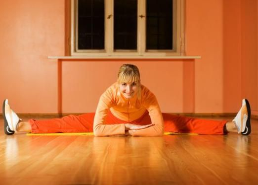 Як сісти на шпагат в домашніх умовах?