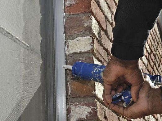 Як вставити пластикове вікно?