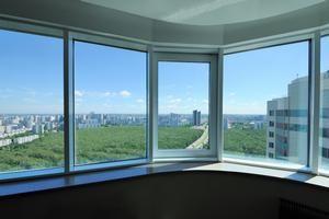 як засклити балкон пластиковими вікнами