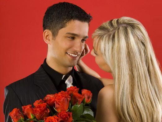 Які квіти подарувати дівчині?