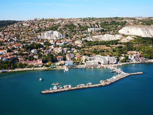 Які моря в болгарії?