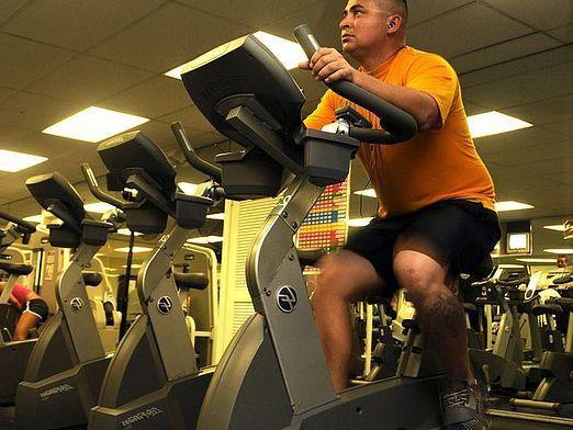 Які м`язи працюють на велотренажері?