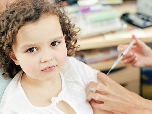 Які щеплення роблять дітям?