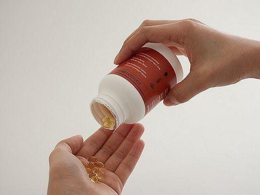 Які вітаміни для волосся потрібно пити?