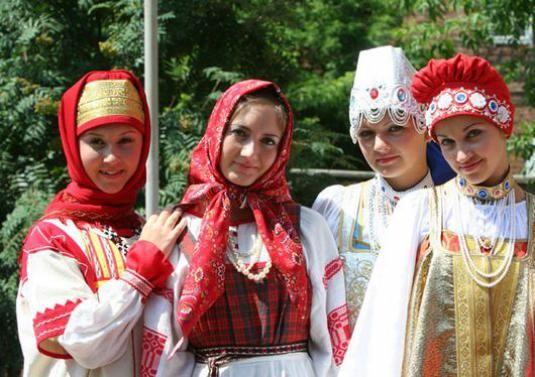 Хто такі росіяни?