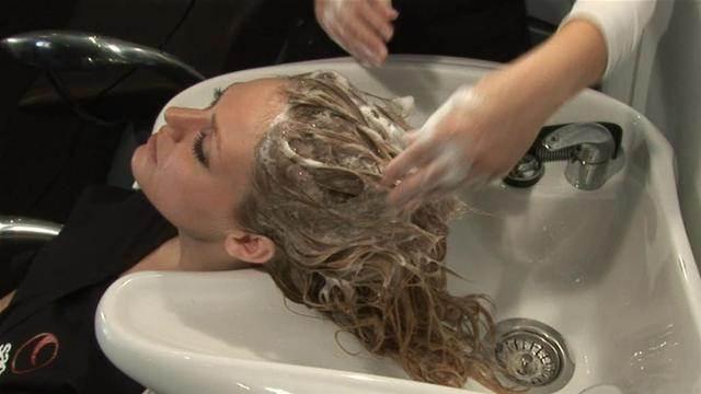 шампунь для фарбованого волосся професійний