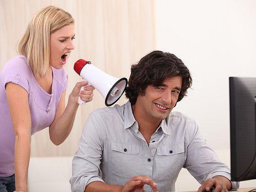Чому чоловіки не слухають жінок?