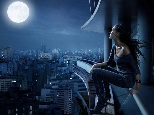 Чому не можна дивитися на місяць?
