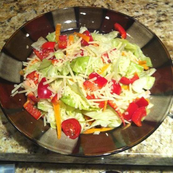 салати прості і смачні літні