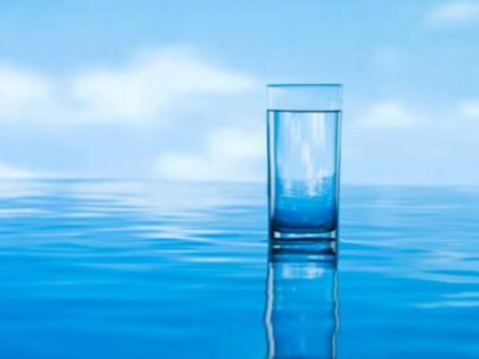 Скільки людина може без води?