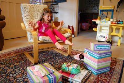 Що подарувати дівчинці на 7 років