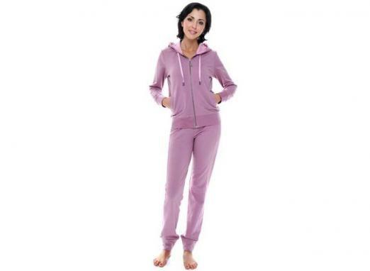 Трикотажний костюм: універсальна деталь жіночого гардеробу